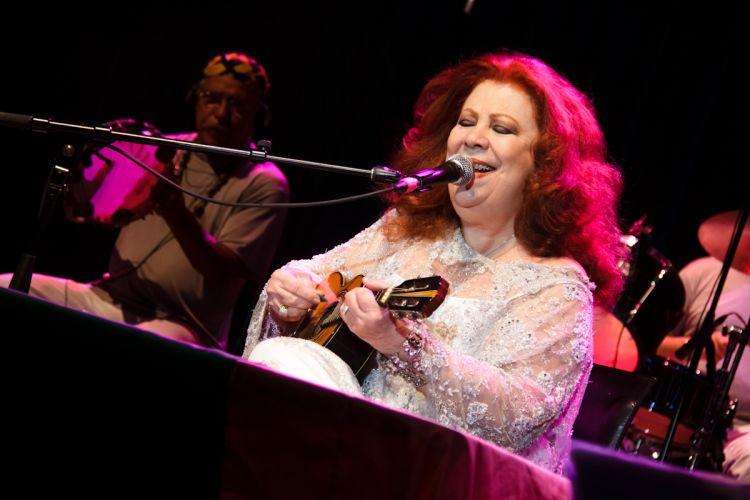 A cantora voltou oficialmente ao trabalho no último dia 19 de fevereiro, no Rio de Janeiro (16/04/2011)