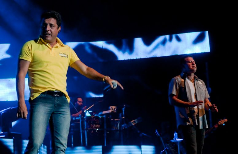 A dupla Bruno & Marrone faz sua primeira apresentação do ano, no Citibank Hall, Rio de Janeiro (28/01/2011). O repertório incluiu músicas do álbum