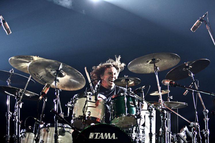Abe Cunningham, baterista do grupo Deftones, em apresentação no Credicard Hall, em São Paulo (04/04/2011)