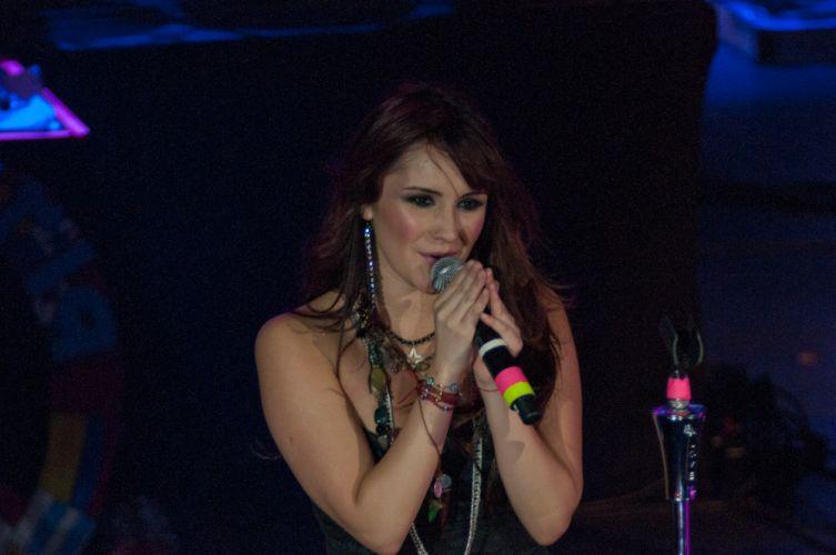 Cantora mexicana Dulce María se apresenta no Rio de Janeiro, com a turnê de divulgação do disco solo