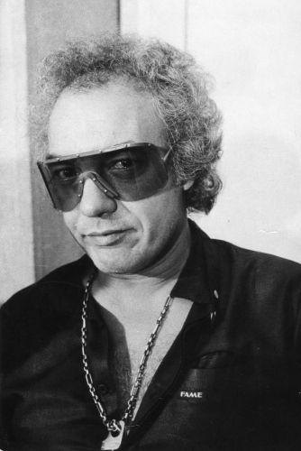 O músico Erasmo Carlos no hotel Maksoud Plaza, em São Paulo (29/04/1983)