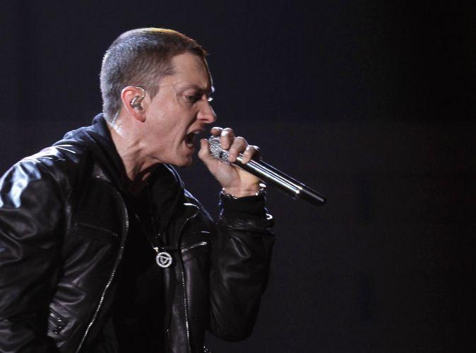 Eminem Grammy Performance 2011: Grammy 2011 premia os melhores da música
