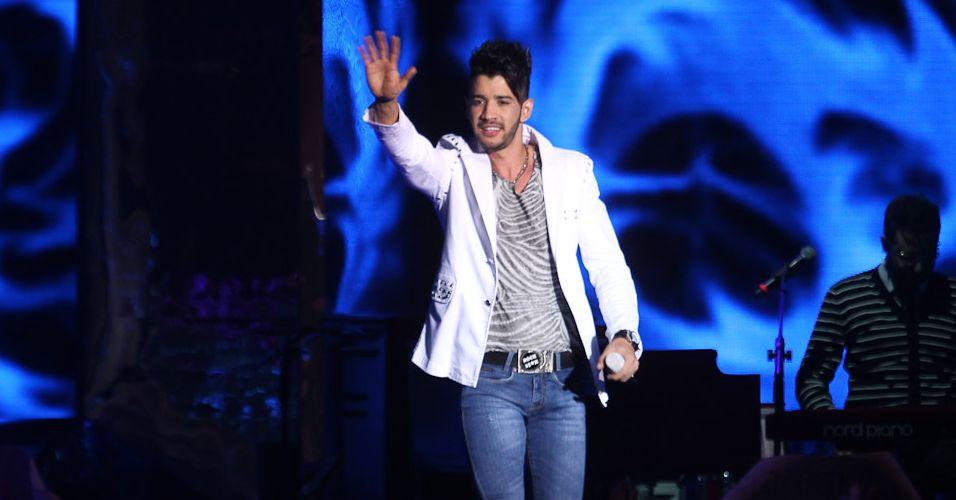 O cantor Gusttavo Lima grava seu terceiro DVD no Credicard Hall, em São Paulo (29/4/12)