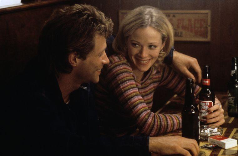 Lauren Holly foi o par romântico de Jon Bon Jovi em
