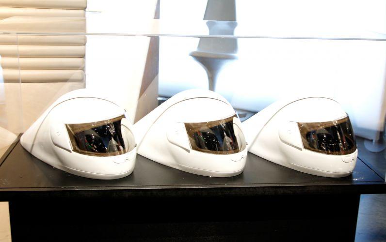 Capacetes utilizados no vídeo