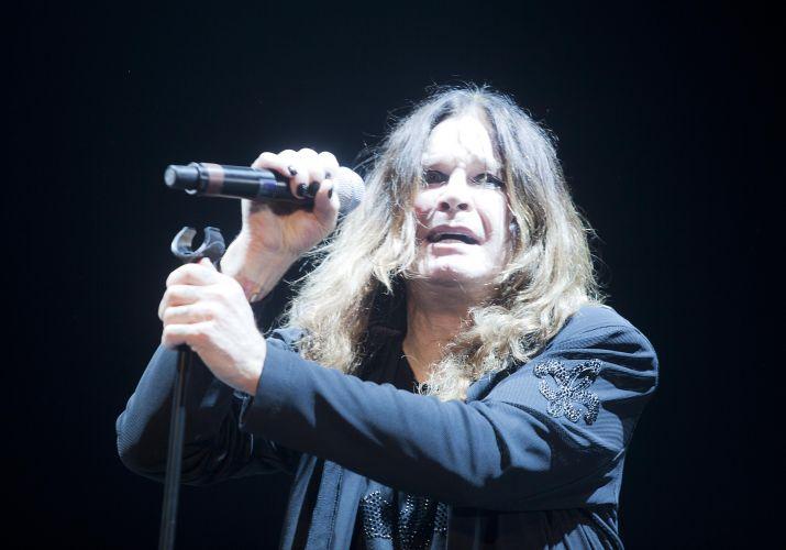 O roqueiro veterano Ozzy Osbourne se apresenta para cerca de 30 mil fãs em São Paulo (02/04/2011)