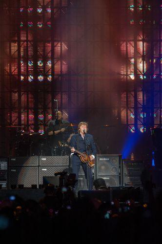 Paul McCartney se apresenta no Estádio José do Rego Maciel, em Recife (21/4/2012)