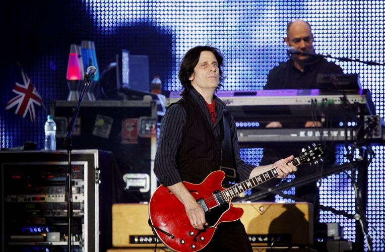Integrantes da banda de Paul McCartney em show do ex-beatle em São Paulo