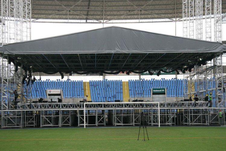 O palco do show de Paul McCartney no Rio de Janeiro já começou a ser montado no Estádio Olímpico João Havelange (Engenhão). O palco tem aproximadamente 70m de largura e 25m de profundidade