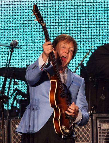 Paul McCartney durante sua primeira apresentação no Rio de Janeiro, no Estádio João Havelange, pela turnê