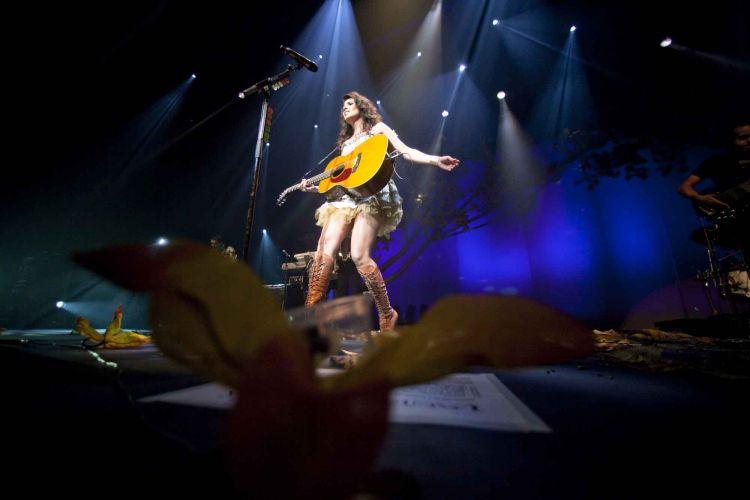 Apresentação da cantora mineira Paula Fernandes, que tem canções como