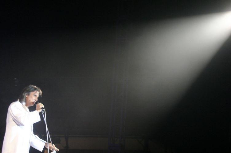 Show de Roberto Carlos para comemorar o aniversario de 424 anos de Santana de Parnaiba, SP (14/11/2004) A música de Roberto Carlos marcou sua vida? Clique no link ao final da legenda e conte sua história