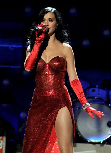 Katy Perry se apresenta no Palco Mundo no primeiro dia do Rock in Rio 2011. Em sua estreia em palcos brasileiros, ela canta os sucessos de seus discos