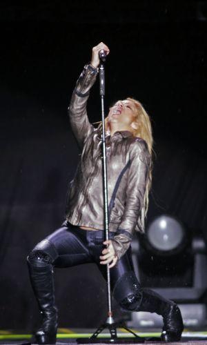 Apresentação de Shakira em Bucareste, Romênia, para mostrar a turnê