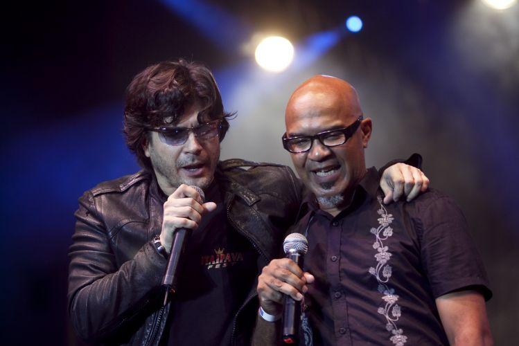 Paulo Ricardo e Clemente (Inocentes) se apresentam em show comemorativo dos 457 anos da cidade de São Paulo, na Praça da República (25/01/2011)