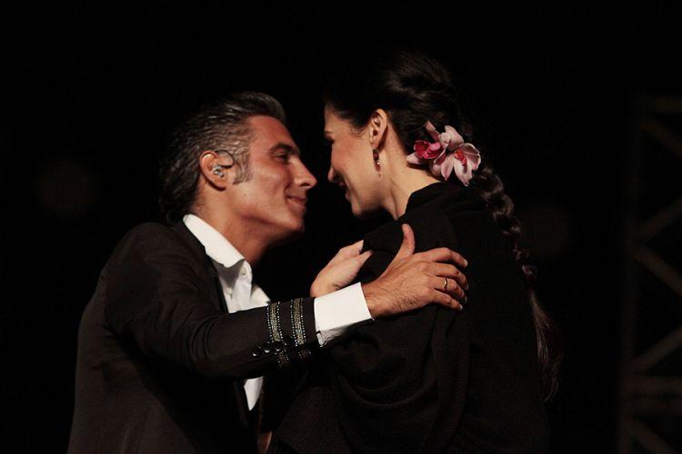 Pitinga e Marina de La Riva cantam no festival de música latina