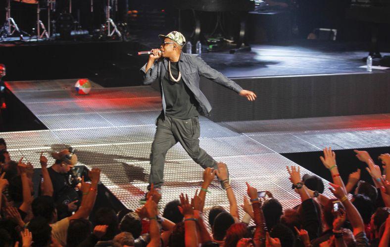 Jay-Z se apresenta no Amex Sync Showat para uma platéia cheia durante o festival South By Southwest 2012 - SXSW em Austin, no Texas (12/03/2012)