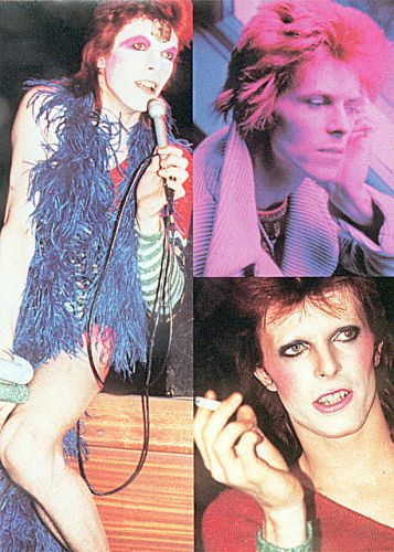 David Bowie vestido como o personagem Ziggy Stardust