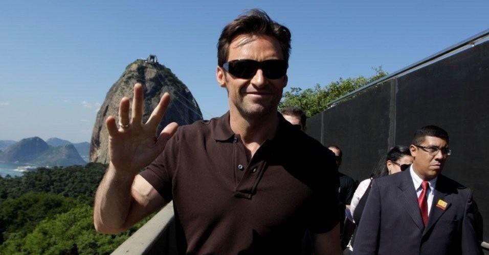 """Hugh Jackman veio ao Brasil divulgar """"X-Men - Origens: Wolverine"""" e aproveitou para passear pelos pontos turísticos do Rio de Janeiro, como o Pão de Açúcar (6/5/09)"""