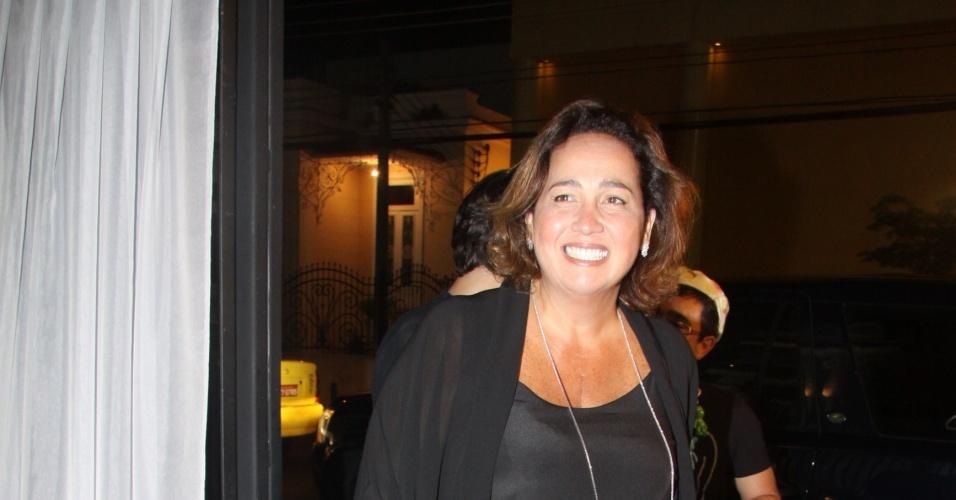 A atriz Claudia Jimenez viverá uma editora-chefe no programa