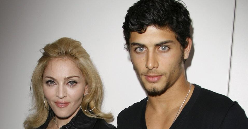Madonna e Jesus Luz no desfile de Marc Jacobs no NYFW (14/9/2009)