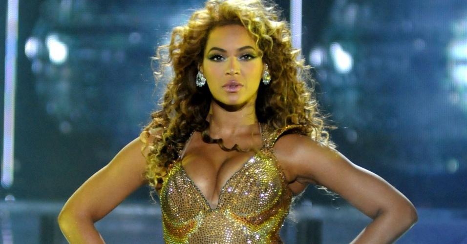 Beyoncé em show no Rio de Janeiro (7/2/10)