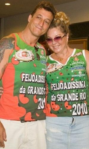 Vera Gimenez e Jone Brabo na Feijoadíssima da Grande Rio (7/2/10)
