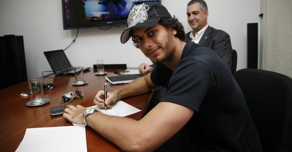 Jesus Luz assina contrato para lançamento de CD (21/2/10)
