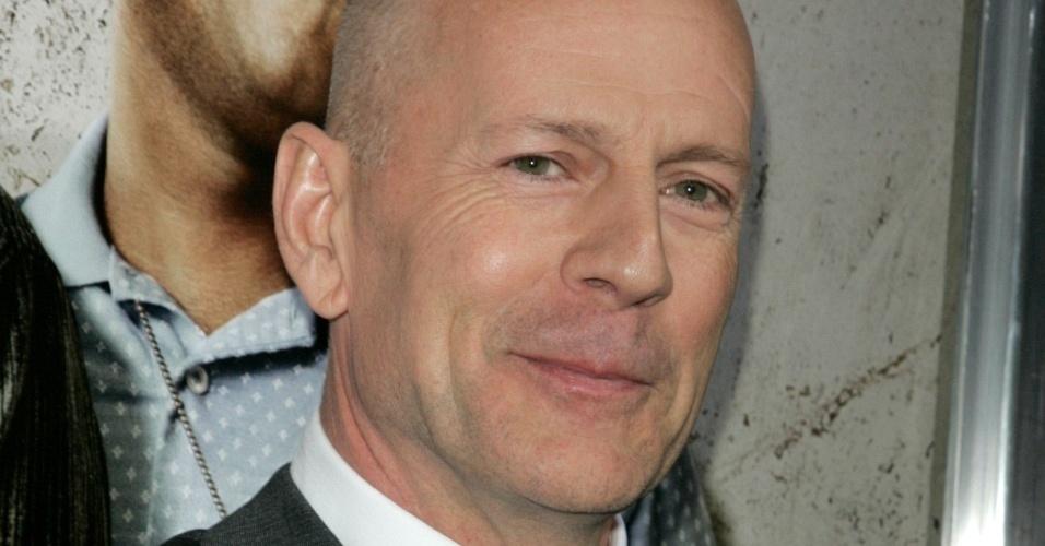 O ator Bruce Willis na première do filme