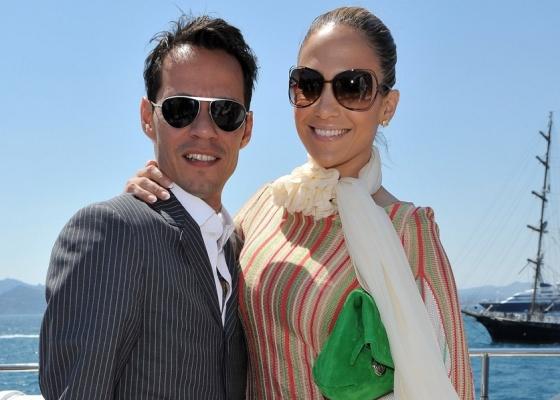 Marc Anthony e Jennifer Lopez participam de evento em um barco em Cannes (17/5/2010)