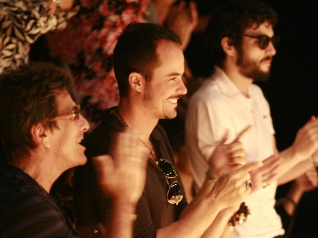 Evandro Mesquita, Paulinho Vilhena e Caio Blat no Fashion Rio (30/5/2010)