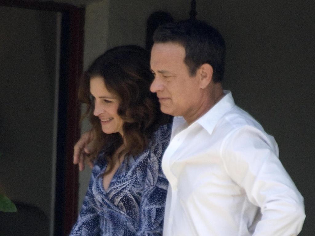Julia Roberts e Tom Hanks gravam cenas de