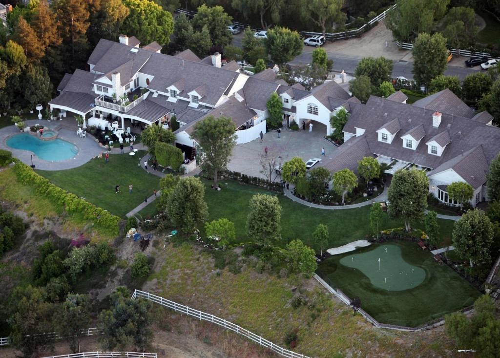 Mansão de Jennifer Lopez e Marc Anthony avaliada em 10 milhões de dólares (6/6/2010)