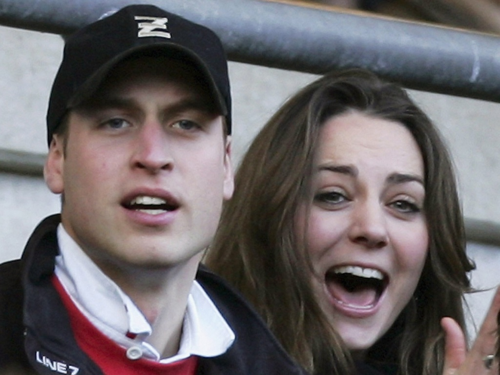 Prncipe William e a namorada Kate Middleton assistem jogo de rugby entre Inglaterra e Itlia, em Londres (10/2/2007)