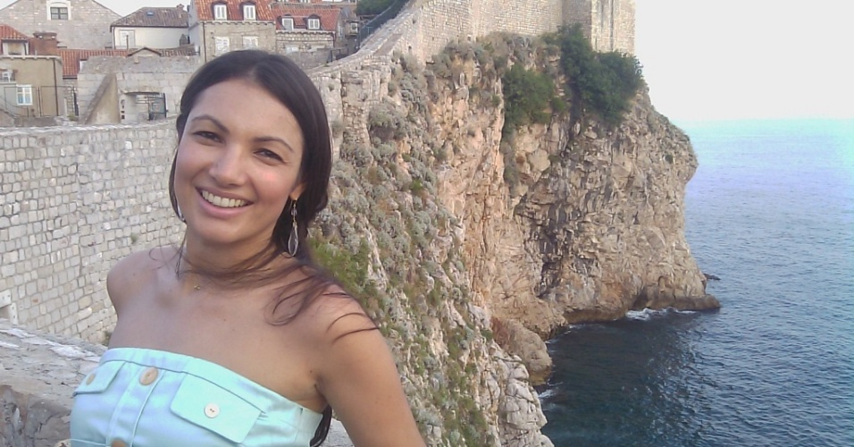 Patr&#237;cia Poeta posa para foto em Dubrovnik, na costa da Cro&#225;cia (19/7/10)