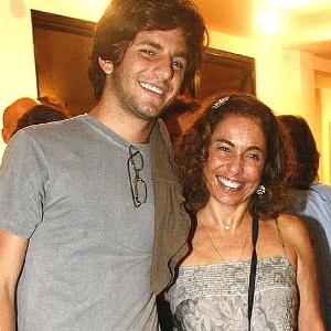 Cissa Guimarães e seu filho Rafael Mascarenhas, morto em 20 de julho de 2010 ao ser atropelado no Rio