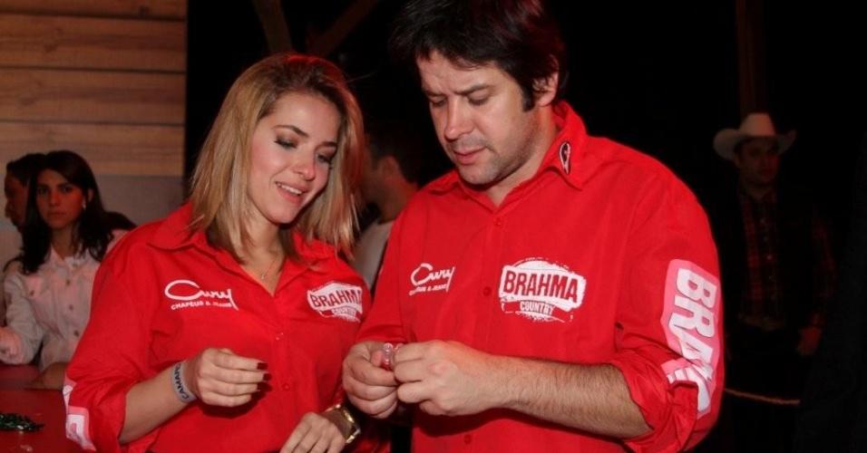 Muirlo Benício e Monique Alfradique vão à Festa do Peão de Barretos