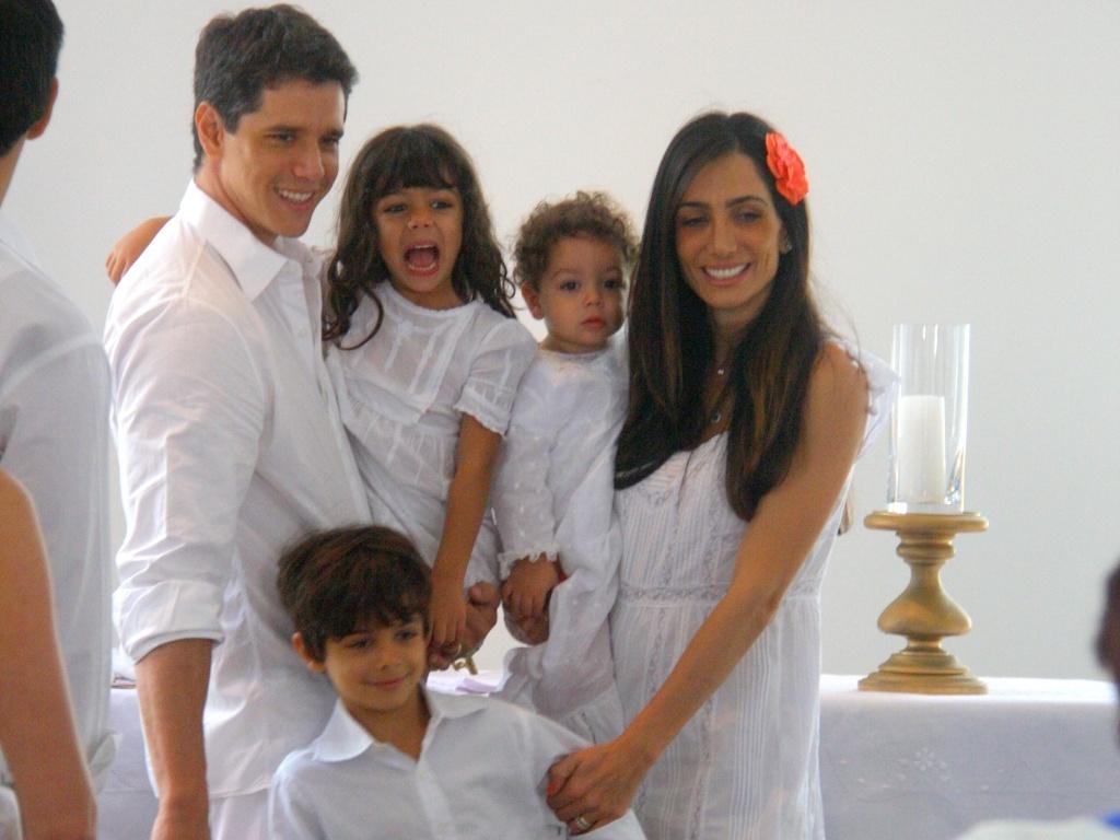 Márcio Gacia e família no batizado do caçula, Felipe, em São Conrado (22/8/2010)