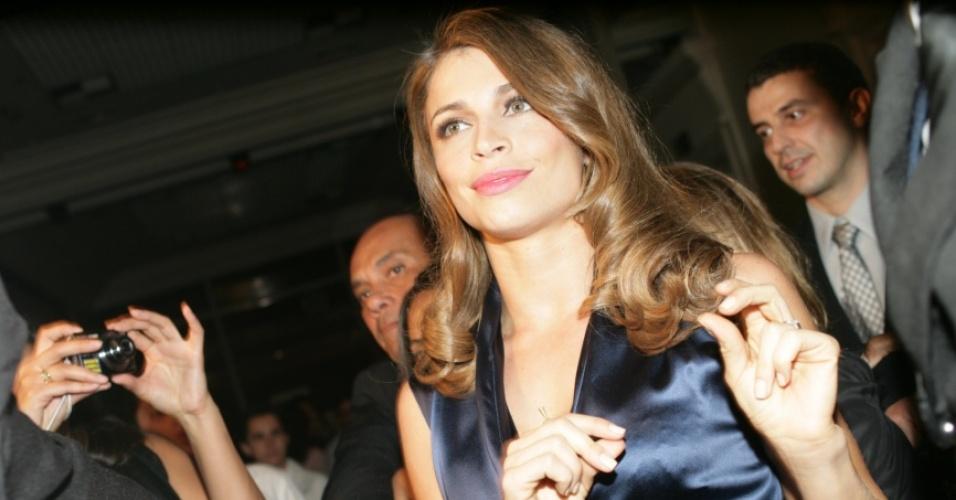 A atriz Grazi Massafera foi eleita a mais sexy do ano de acordo com pesquisa realizada por uma revista (30/8/2010)