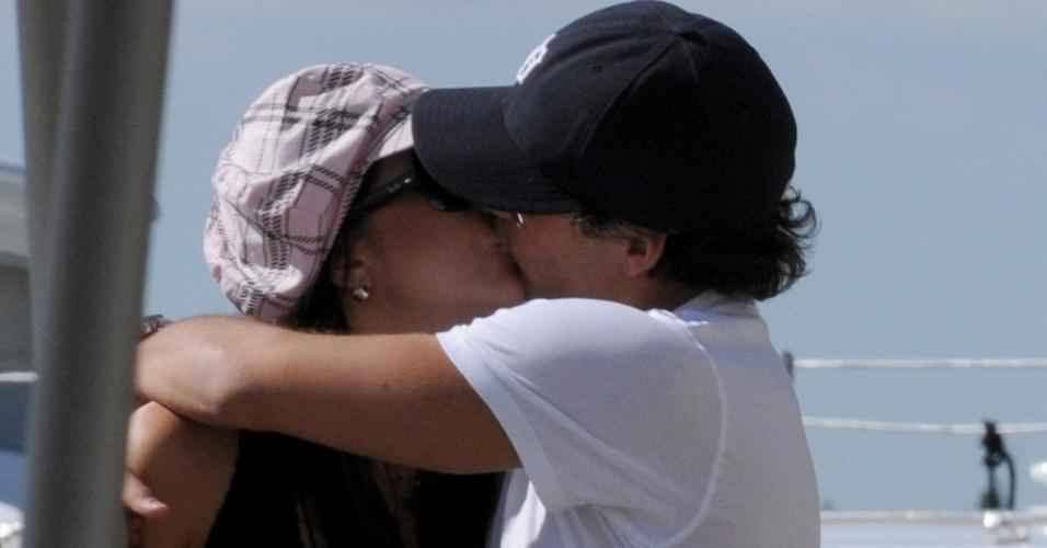 Alexandre Pato e Débora Lyra namoram em Veneza,  na Itália