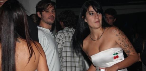 Dado Dolabella se diverte na boate Pacha, em Búzios (6/9/10)