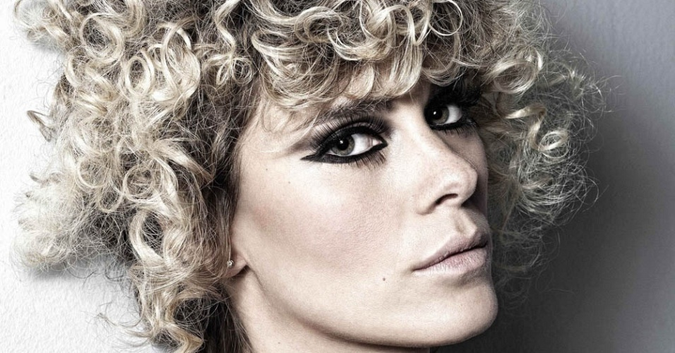 Carolina Dieckmann é clicada pelo maquiador Fernando Torquatto (setembro/2010)