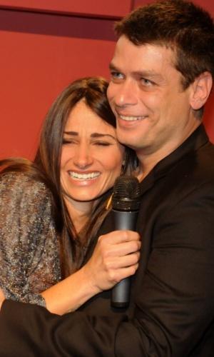 Fábio Assunção e Karina Tavares inaguram exposição