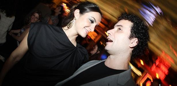 Marco Luque e a namorada Flávia Vitorino na festa do VMB 2010, em São Paulo (16/9/2010)