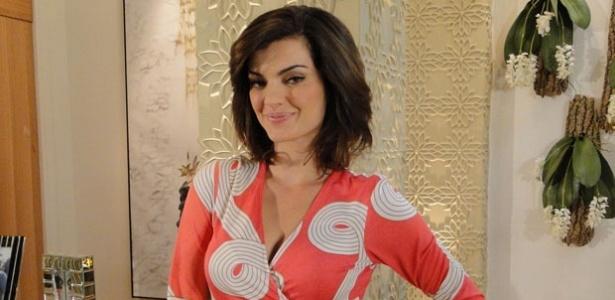 http://m.i.uol.com.br/celebridades/2010/09/24/mayana-neiva-muda-o-visual-para-ti-ti-ti-23910-1285356385634_615x300.jpg