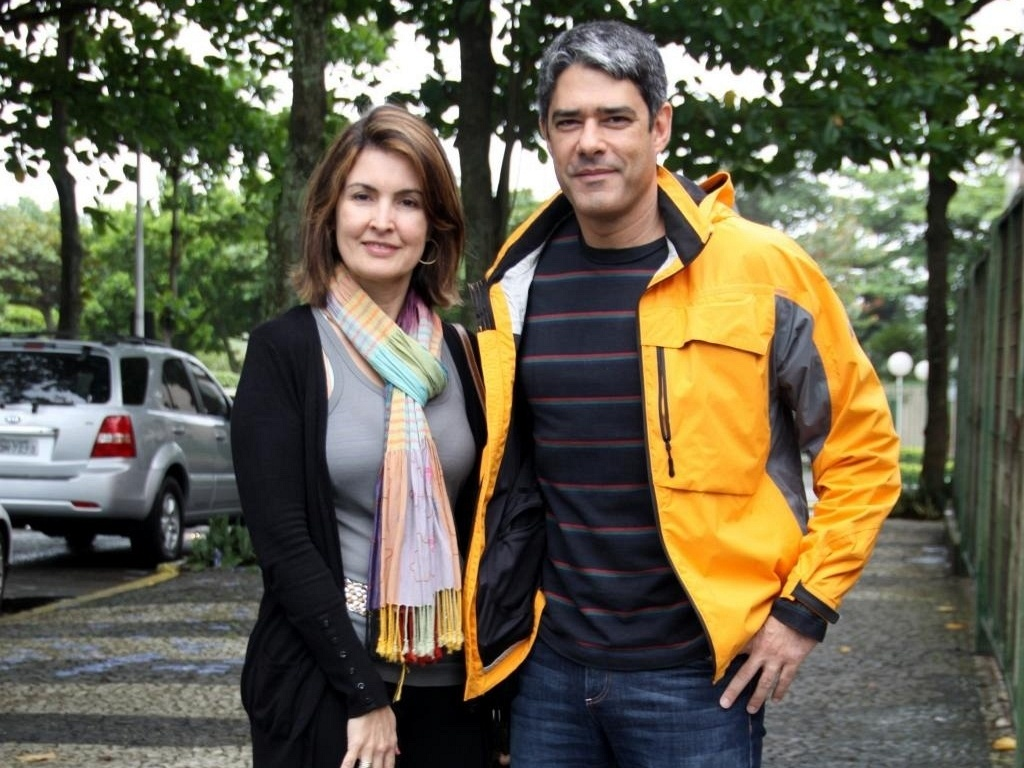 F  Tima Bernardes E William Bonner Votam Na Barra Da Tijuca  Zona