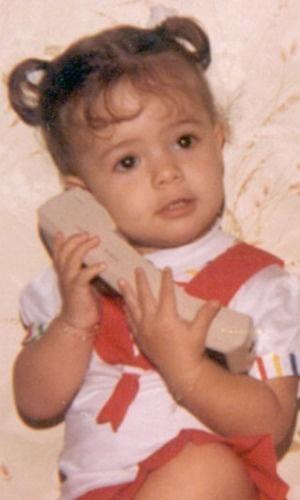 Sandy Leah muda foto de seu avatar no Twitter para o Dia da Criança (outubro/2010)