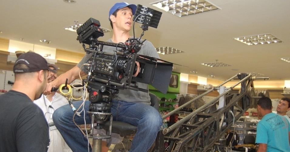 Márcio Garcia dirige o filme de Natal da Leader Magazine (17/10/10)
