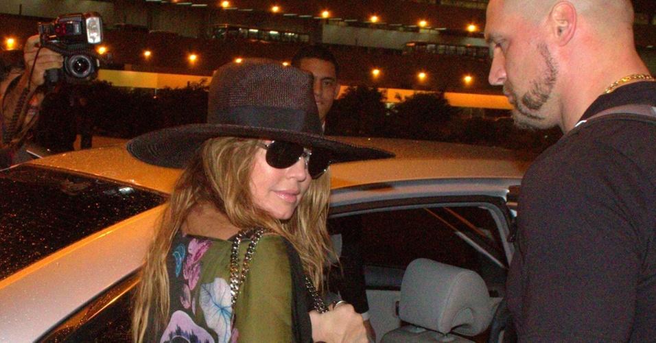 Fergie e a banda The Black Eyed Peas desembarca no Rio de janeiro (23/10/2010)