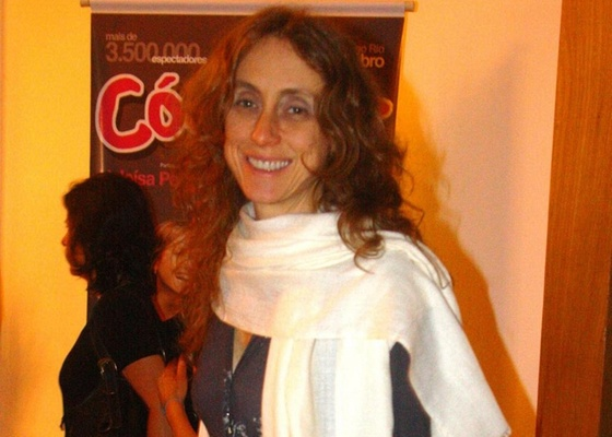 Betty Gofman vai ao teatro na zona sul do Rio de Janeiro (5/9/10)